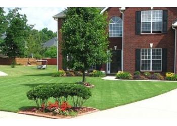 Memphis lawn care service Grazz Masters, LLC