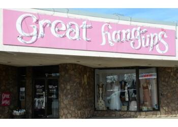 Rockford bridal shop Great Hang-Ups