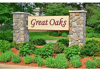 Rockford apartments for rent Great Oaks Apartments