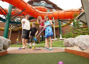 Kansas City amusement park Great Wolf Lodge