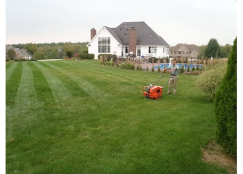3 Best Lawn Care Services In Rockford Il Expert