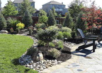 Kansas City landscaping company Green Expectations Landscaping Co., Inc.