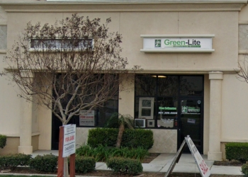 Riverside window company Green Lite Windows & Doors