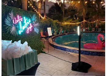 Hialeah photo booth company Green Screen Miami Photo Booth