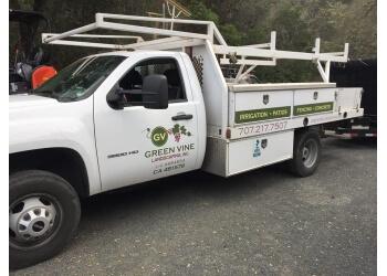 Santa Rosa lawn care service Green Vine Landscaping