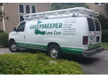 Bridgeport lawn care service Greenskeeper Lawn Care, Inc.