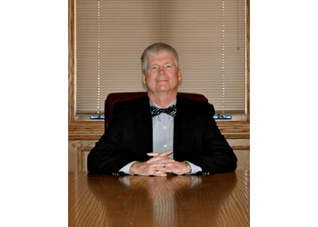 Cedar Rapids real estate lawyer Gregory D. Kingery