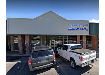 Groomin Tails Pet Salon