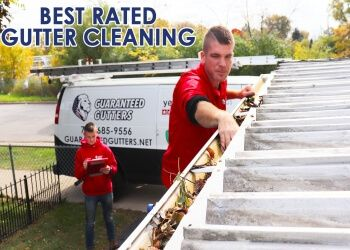 Chicago gutter cleaner Guaranteed Gutters