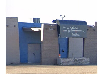 Amarillo night club Guitars & Cadillacs