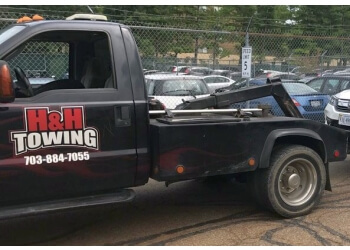 Alexandria towing company H&H TOWING