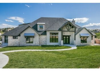 Amarillo home builder HOME by Lyons