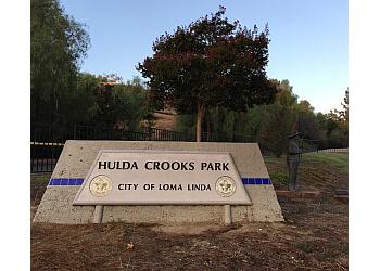 Rialto hiking trail HULDA CROOKS PARK