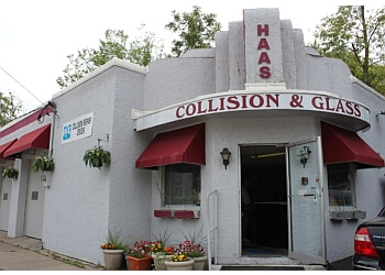 St Paul auto body shop Haas Collision and Glass