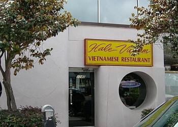 Honolulu vietnamese restaurant Hale Vietnam Restaurant