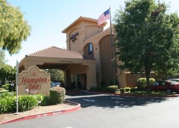 Hayward hotel Hampton Inn