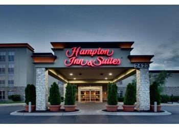Aurora hotel Hampton Inn & Suites