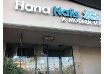 Long Beach nail salon Hana Nails