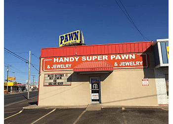 Handy Super Pawn