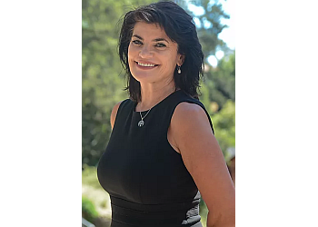 Oakland divorce lawyer Hannah E. Sims