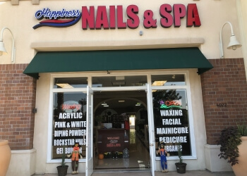 Visalia nail salon Happiness Nails & Spa