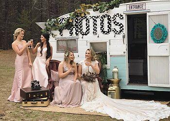 Spokane photo booth company Happy Camper Photobooth