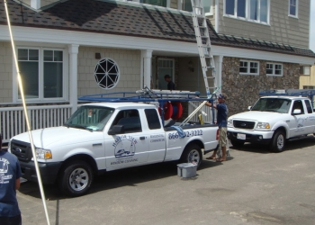 Long Beach window cleaner Harbor View Window Cleaning