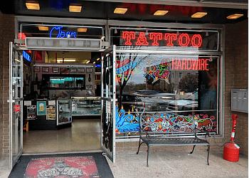 Wilmington tattoo shop Hardwire Tattoo & Body Piercing