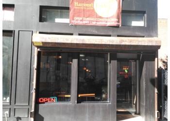 Newark sandwich shop Harvest Table