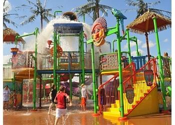 Arlington amusement park Hawaiian Falls Mansfield