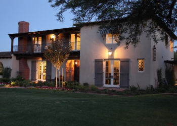 Phoenix residential architect Hayes Inc. Architecture & Interiors