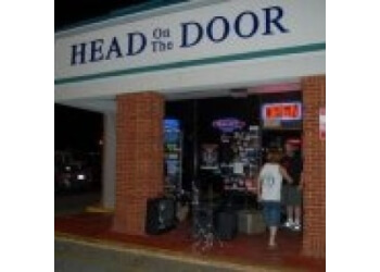 Montgomery night club Head On the Door