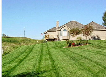 3 Best Lawn Care Services In Omaha Ne Threebestrated