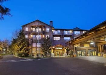 Vancouver hotel Heathman Lodge