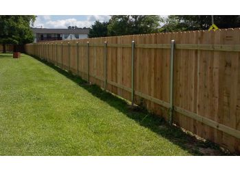 Shreveport fencing contractor Heavenly Gates Fence & construction