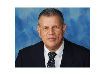 Pembroke Pines primary care physician Hector Fabregas, MD - MEMORIAL HEALTH NETWORK