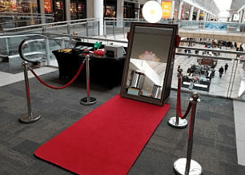 Boston photo booth company Hello Photo Booth Rental