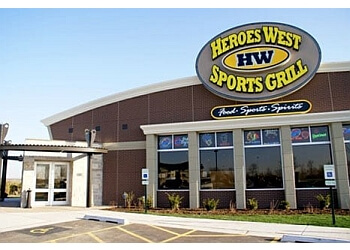 Joliet sports bar Heroes West Sports Grill