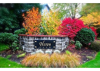 Eugene apartments for rent Heron Club