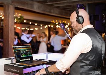 Virginia Beach dj Hey DJ