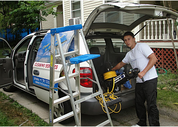 Boston gutter cleaner HiCleaners