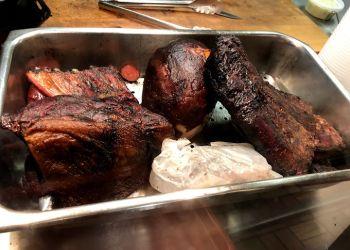 Shreveport barbecue restaurant Hickory Stick
