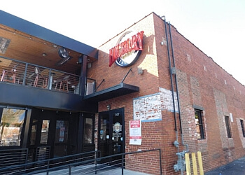 Columbia sports bar Hickory Tavern