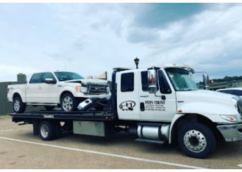 Jackson towing company Hicks Towing Service