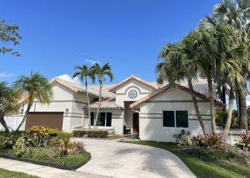 Pembroke Pines painter Higgs Painting & Pressure Cleaning LLC