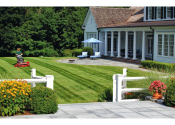 Stamford landscaping company Hoffman Landscapes