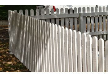 Pasadena fencing contractor Hogan Fence