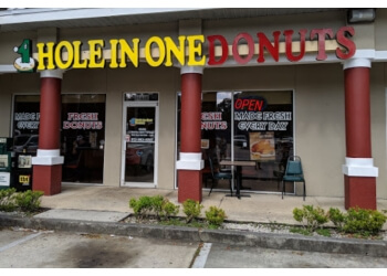 Tampa donut shop Hole In One Donuts
