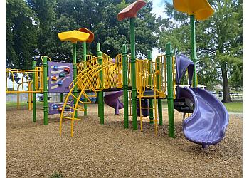 Garland public park Holford Park