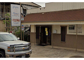 Laredo dry cleaner Holguin Cleaners